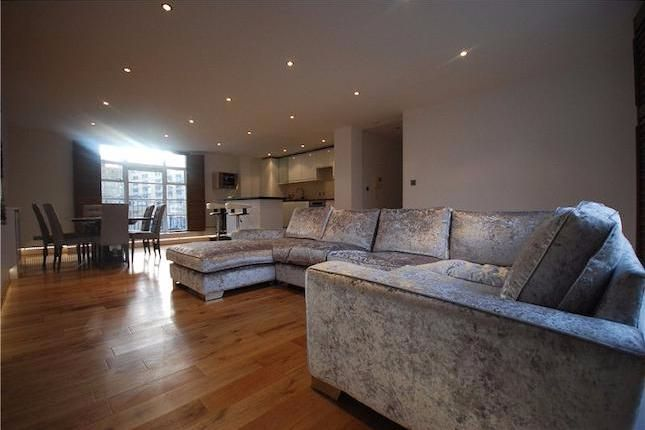 3 bed flat for sale in Quayside, 2-4 Westferry Road