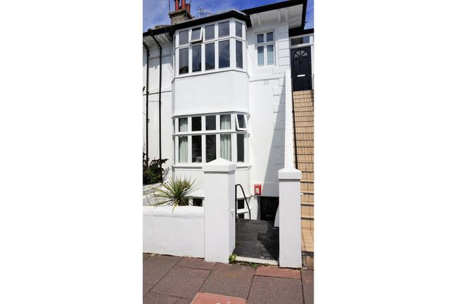 Thumbnail Flat for sale in Clifton Hill, Brighton