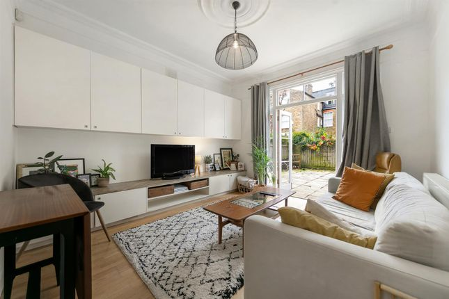 Thumbnail Flat to rent in Elfindale Road, London
