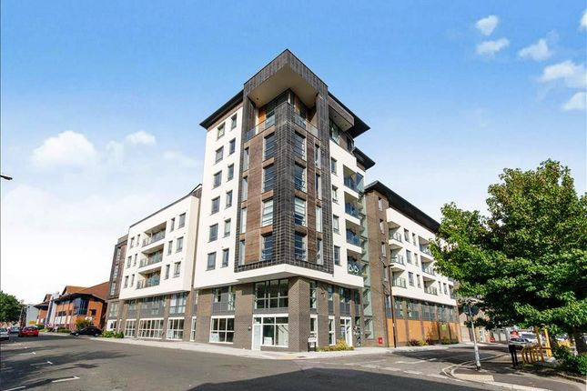 Thumbnail Flat for sale in College Street, Southampton