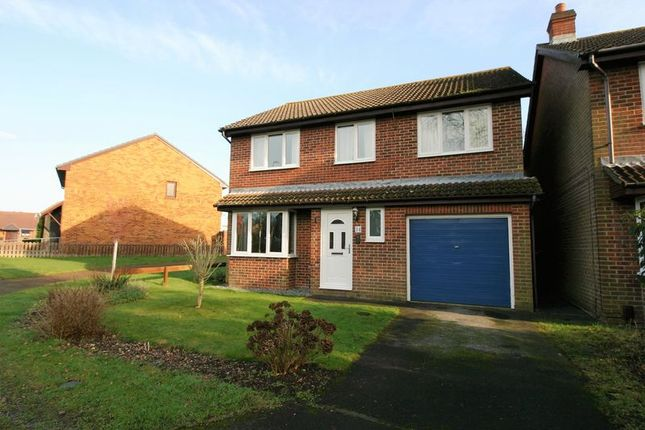 Thumbnail Detached house for sale in Pennycress, Locks Heath, Hampshire