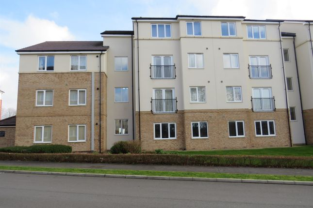 Thumbnail Flat for sale in Maple Court, Seacroft, Leeds