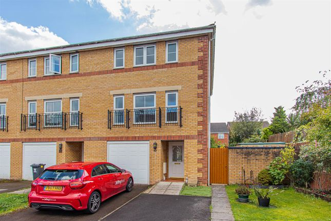 Thumbnail Town house to rent in Armoury Drive, Heath, Cardiff