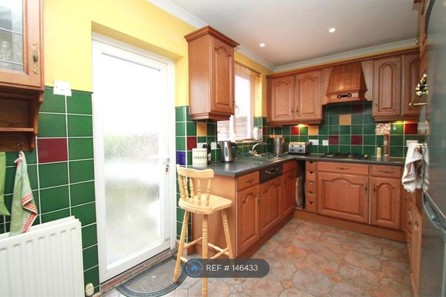Thumbnail Semi-detached house to rent in Fullers Way North, Surbiton