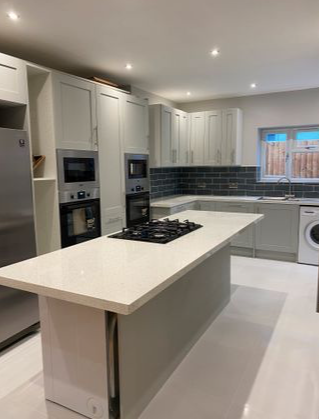 8 bed shared accommodation to rent in Whitney Avenue, Ilford IG4
