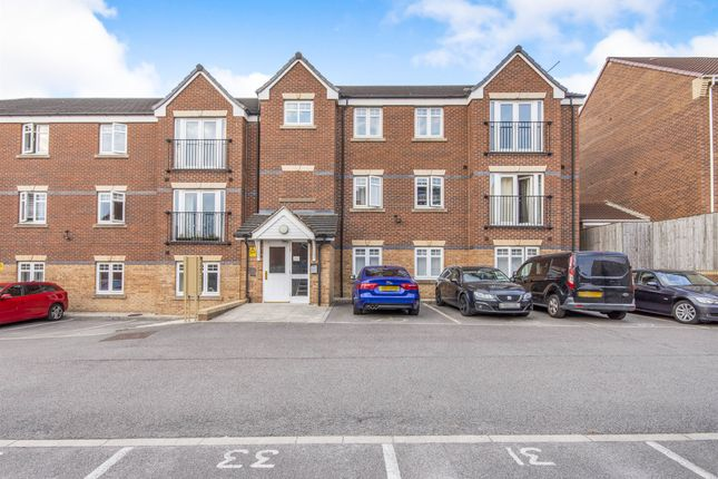 Thumbnail Flat for sale in Bellflower Close, Whitwood, Castleford