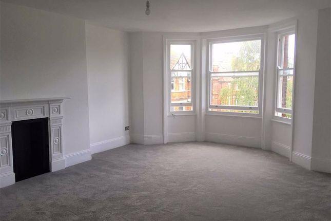 Thumbnail Flat to rent in Earls Avenue, Folkestone, Kent