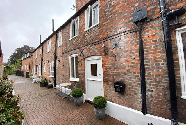 Terraced house to rent in New Street, Henley On Thames