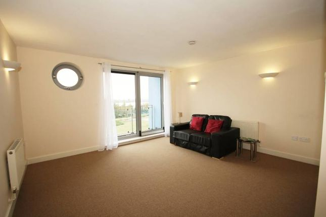 Thumbnail Flat to rent in Tidenham House, West Thamesmead