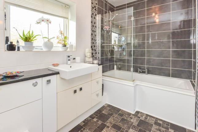 Bathroom of Walnut Drive, Bletchley, Milton Keynes, Buckinghamshire MK2