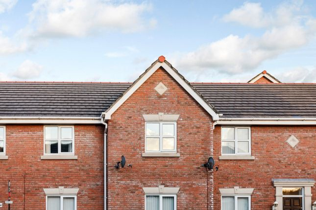 Thumbnail Flat for sale in Delph Drive, Ormskirk, Lancashire