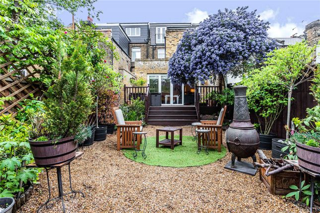 Thumbnail Terraced house for sale in Cranbrook Park, Wood Green, London