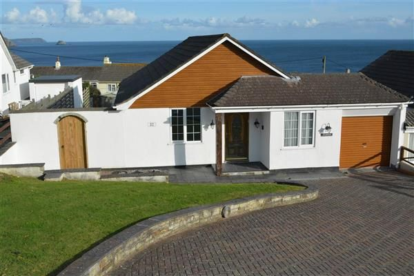 Thumbnail Bungalow for sale in Portscatho, Cornwall