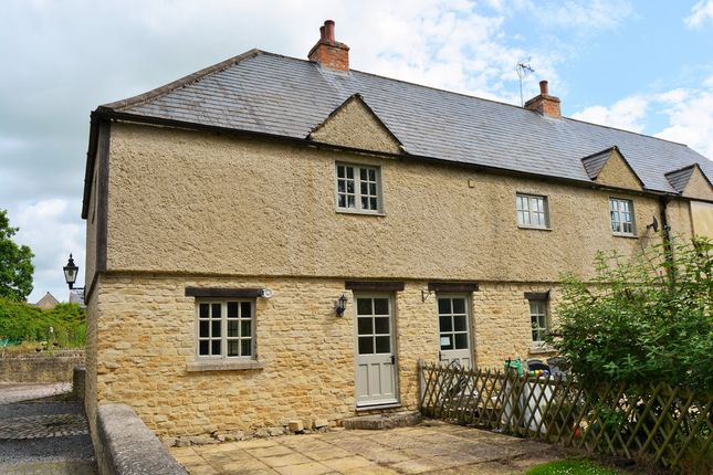 2 bed cottage for sale in Bell Lane, Lechlade