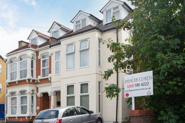 Studio to rent in Eastern Road, Romford, Essex RM1