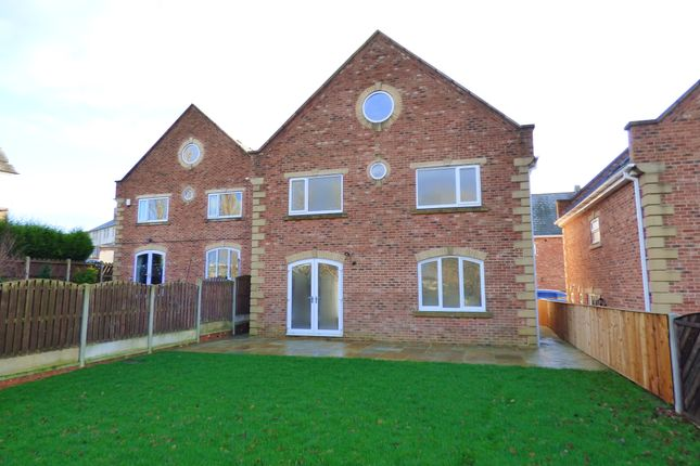 Thumbnail Detached house to rent in Benwood View, Crofton, Wakefield