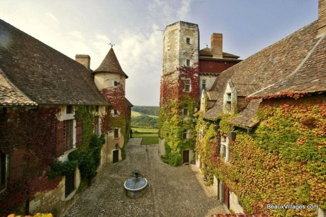 Thumbnail Detached house for sale in 15th Century Chateau, Perigueux, Dordogne
