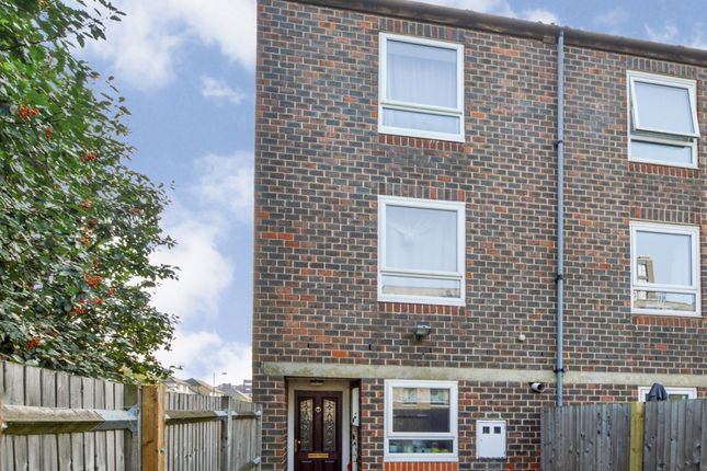 Thumbnail Town house for sale in Hockett Close, London