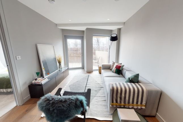 1 bed property for sale in No 5, 2 Cutter Lane, Upper Riverside, Greenwich Peninsula SE10