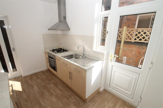 1 bed flat to rent in Welford Road, Leicester LE2