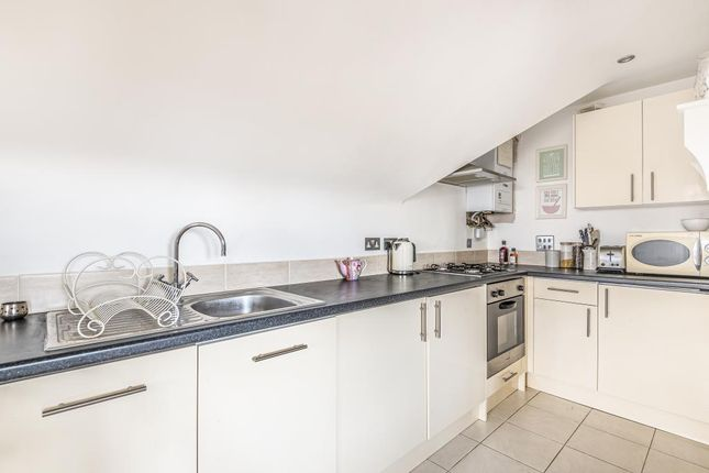 Kitchen of Parkwood Flats, Oakleigh Road North, London N20,