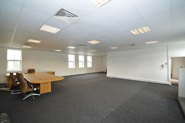Commercial Property To Let In Whitefield