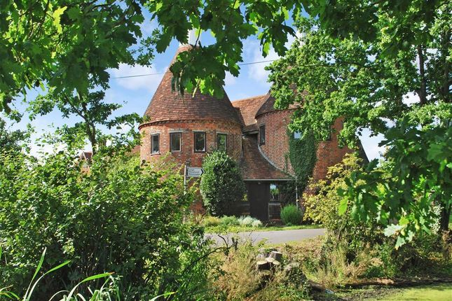 Thumbnail Detached house for sale in Hampkins Hill Road, Chiddingstone, Kent