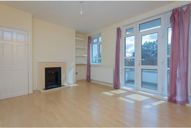 Thumbnail Flat to rent in Champion Hill Estate, Camberwell, London