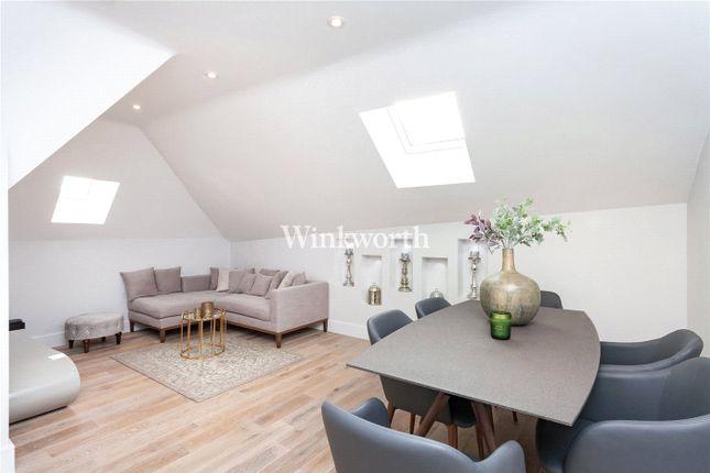 Thumbnail Flat to rent in Newlands House, Tenterden Grove, London