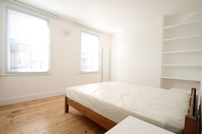 Thumbnail Room to rent in Crooke Road, Surrey Quays