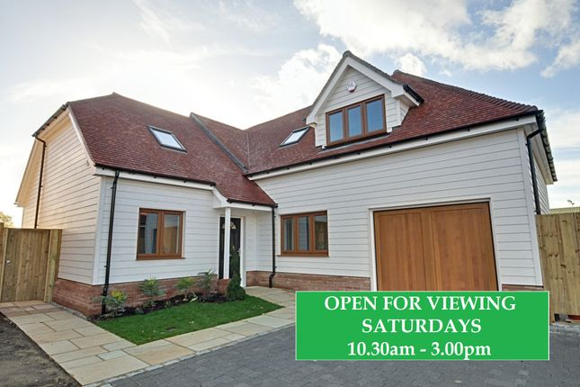 Thumbnail Detached house for sale in Bromley Common, Bromley