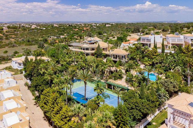 Thumbnail Villa for sale in Patroves, Albufeira E Olhos De Água, Albufeira, Central Algarve, Portugal