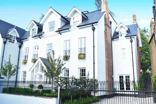 Thumbnail Semi-detached house to rent in Church Street, Isleworth