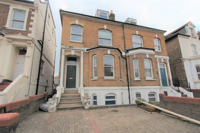 Thumbnail Semi-detached house to rent in Mayes Road, Wood Green