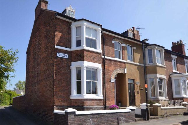 Thumbnail Town house for sale in Northesk Street, Stone
