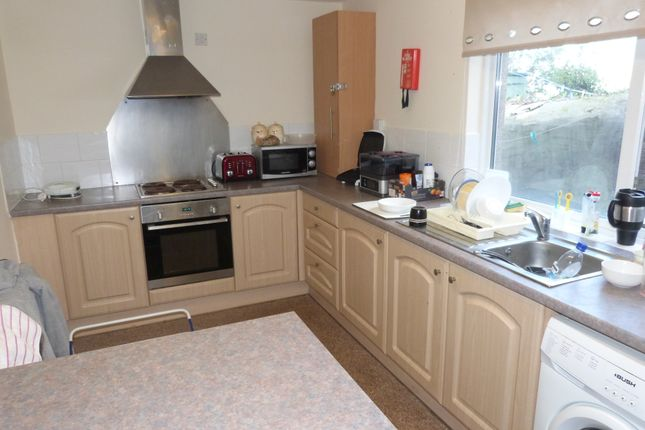 Thumbnail Room to rent in Oakfield Terrace Road, Plymouth