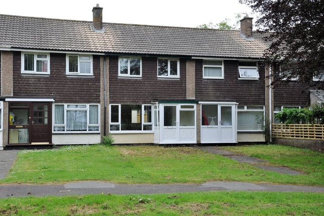 Thumbnail Property to rent in Rosevean Close, Camborne