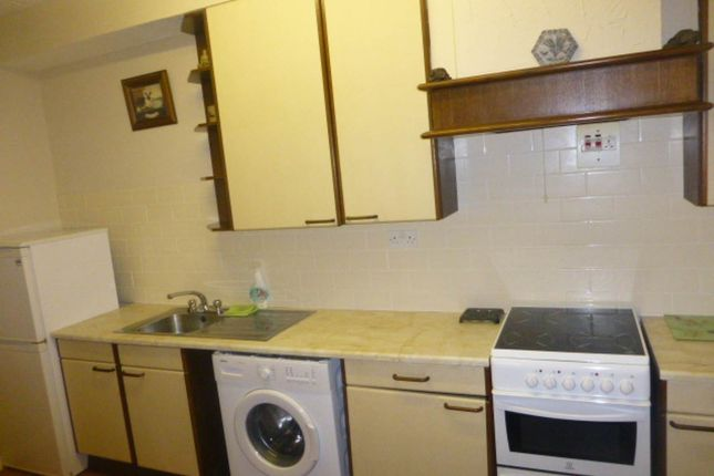 Thumbnail Flat to rent in Llanpumsaint, Carmarthen