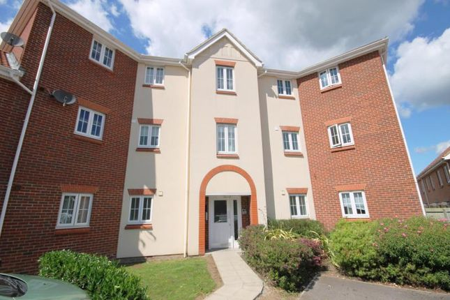 Thumbnail Flat to rent in Woodland Walk, Aldershot