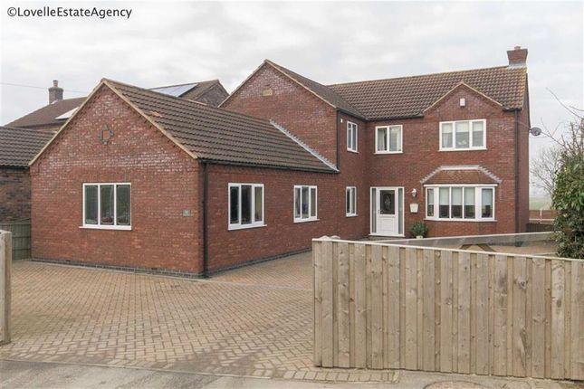 Thumbnail Property for sale in Eastoft Road, Crowle, Scunthorpe