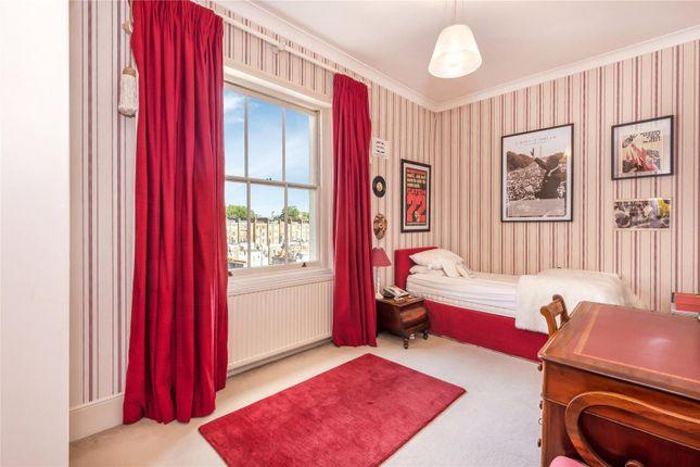 Picture No. 24 of Warwick Square, Pimlico, London SW1V