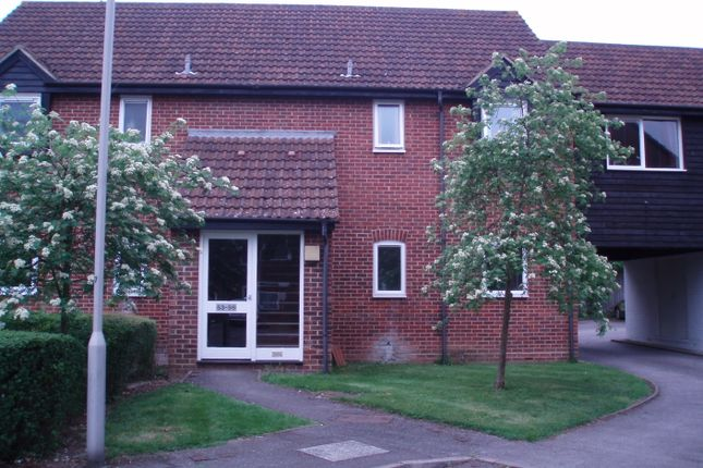 Thumbnail Flat to rent in Eeklo Place, Newbury