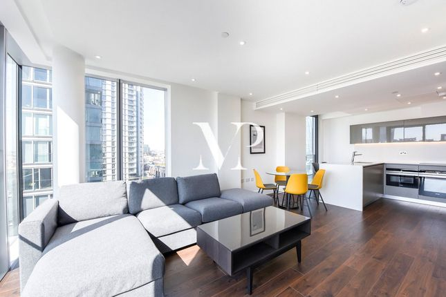 Thumbnail Flat to rent in Piazza Walk, Greater London