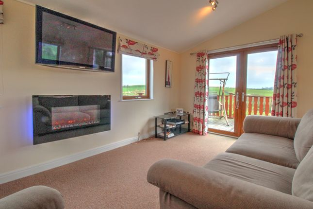 Thumbnail Detached house for sale in Whinfell Leisure Park, Top Thorn Farm, Whinfell, Kendal