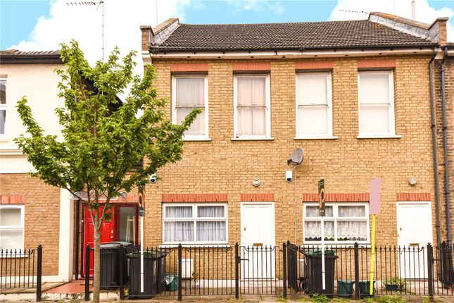 Thumbnail Terraced house for sale in Finsbury Road, Wood Green