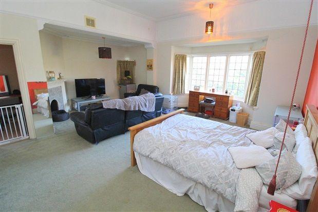 Bedroom 1 of Waterloo Road, Southport PR8