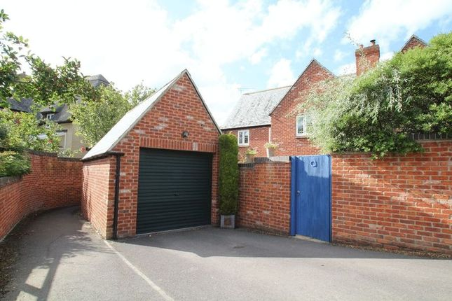 Photo 15 of Cues Lane, Bishopstone, Swindon SN6