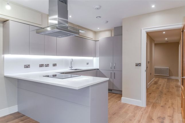 Thumbnail Flat for sale in Apartment 11, Gardiner Place, Market Place, Henley-On-Thames, Oxfordshire