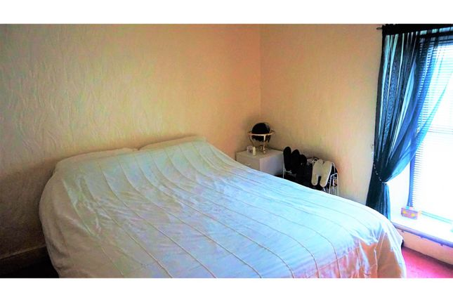 Bedroom of Commercial Street, Swansea SA9