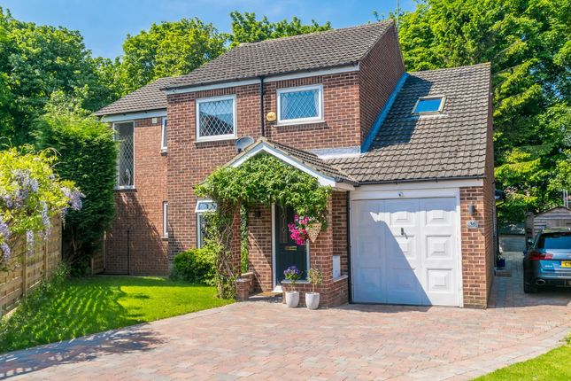 Thumbnail Detached house for sale in Woodcross Garth, Morley, Leeds